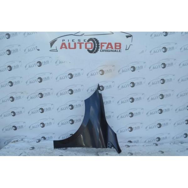 Aripa stanga Renault Megane 3 an 2008-2016