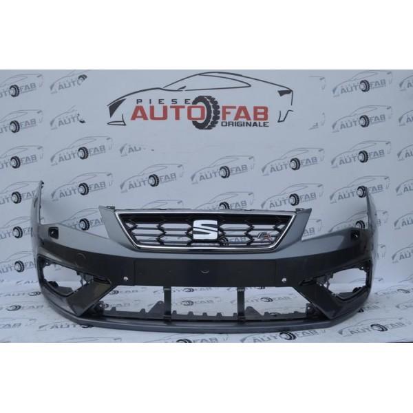 Bară față Seat Leon FR Facelift an 2017-2020 cu găuri pentru Parktronic și spălătoare faruri