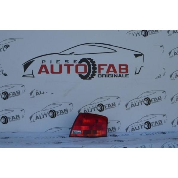Stop dreapta Audi A4 B7 combi an 2005-2008 de pe aripă
