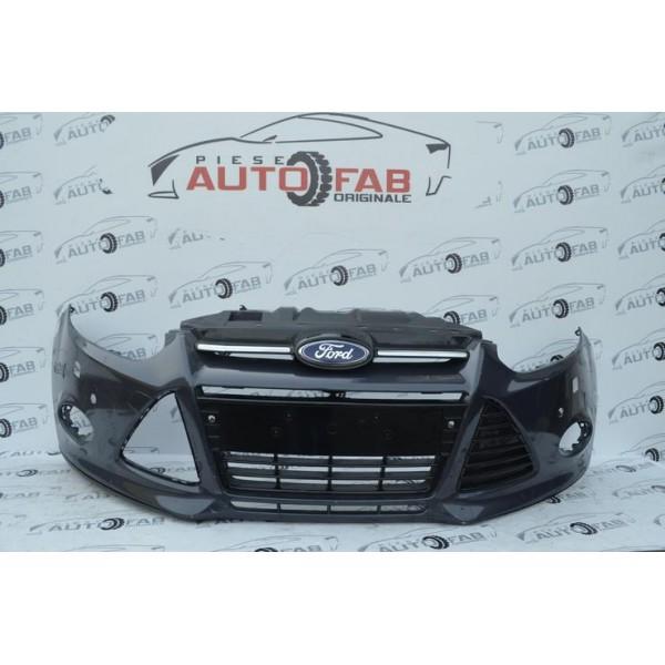 Bară față Ford Focus 3 an 2011-2014 cu găuri pentru 6 senzori și spălătoare faruri