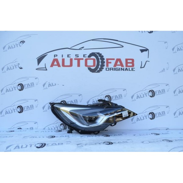 Far dreapta Opel Astra K Full Led iLux COD 7963200006 an 2016-2019