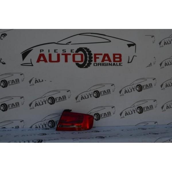 Stop dreapta Audi A4 B8 limuzină an 2008-2009-2010-2011-2012