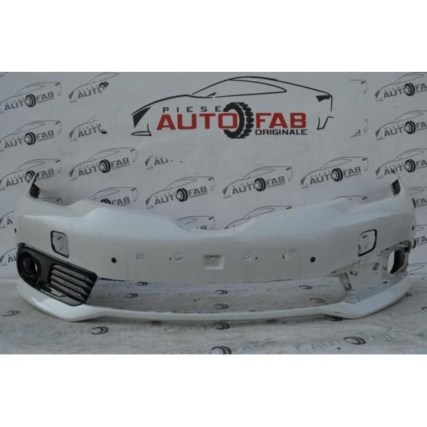 Bară față Toyota Auris an 2013-2015 cu găuri pentru Parktronic (6 senzori)