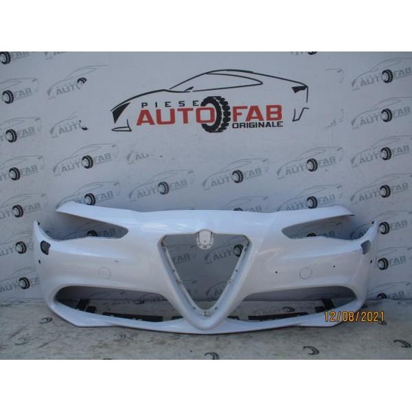 Bara fata Alfa Romeo Giulia an 2016-2017-2018-2019-2020 Gauri pentru 4 senzori si spalatoare faruri