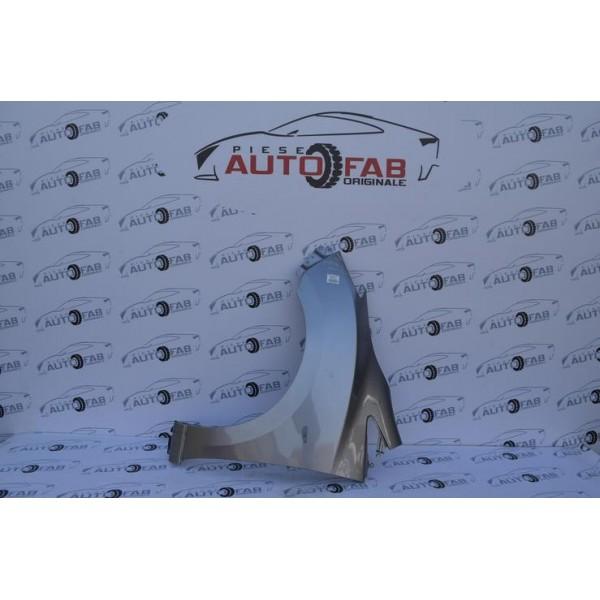 Aripă stânga Mazda 5 an 2010-2015