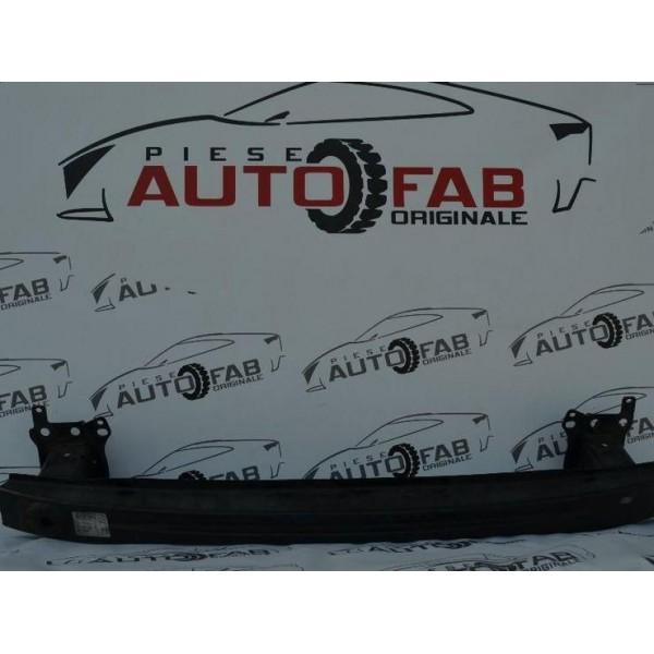 Întăritură bară față Volkswagen Caddy an 2004-2010