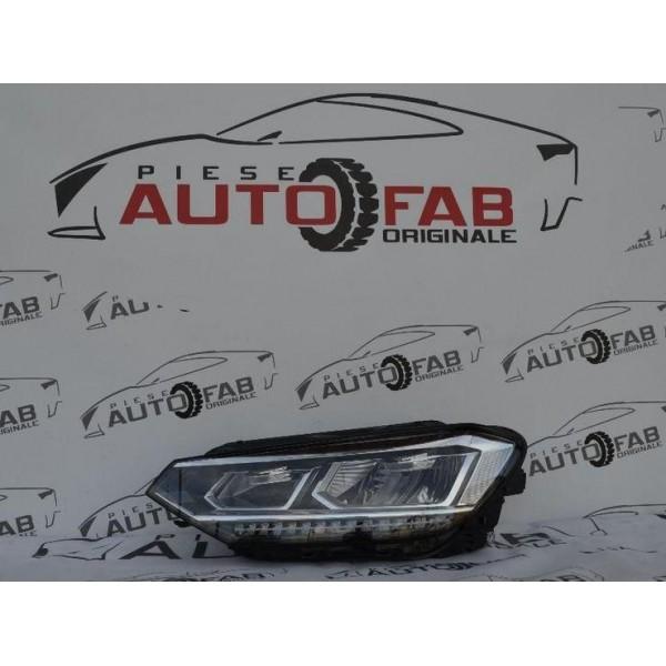 Far stânga Volkswagen Touran an 2015-2017