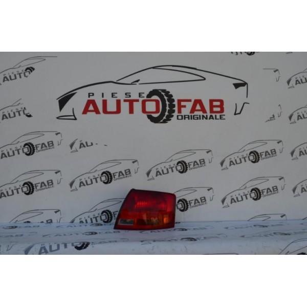 Stop dreapta Audi A4 B7 combi an 2005-2008